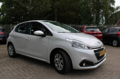 Peugeot-208-3