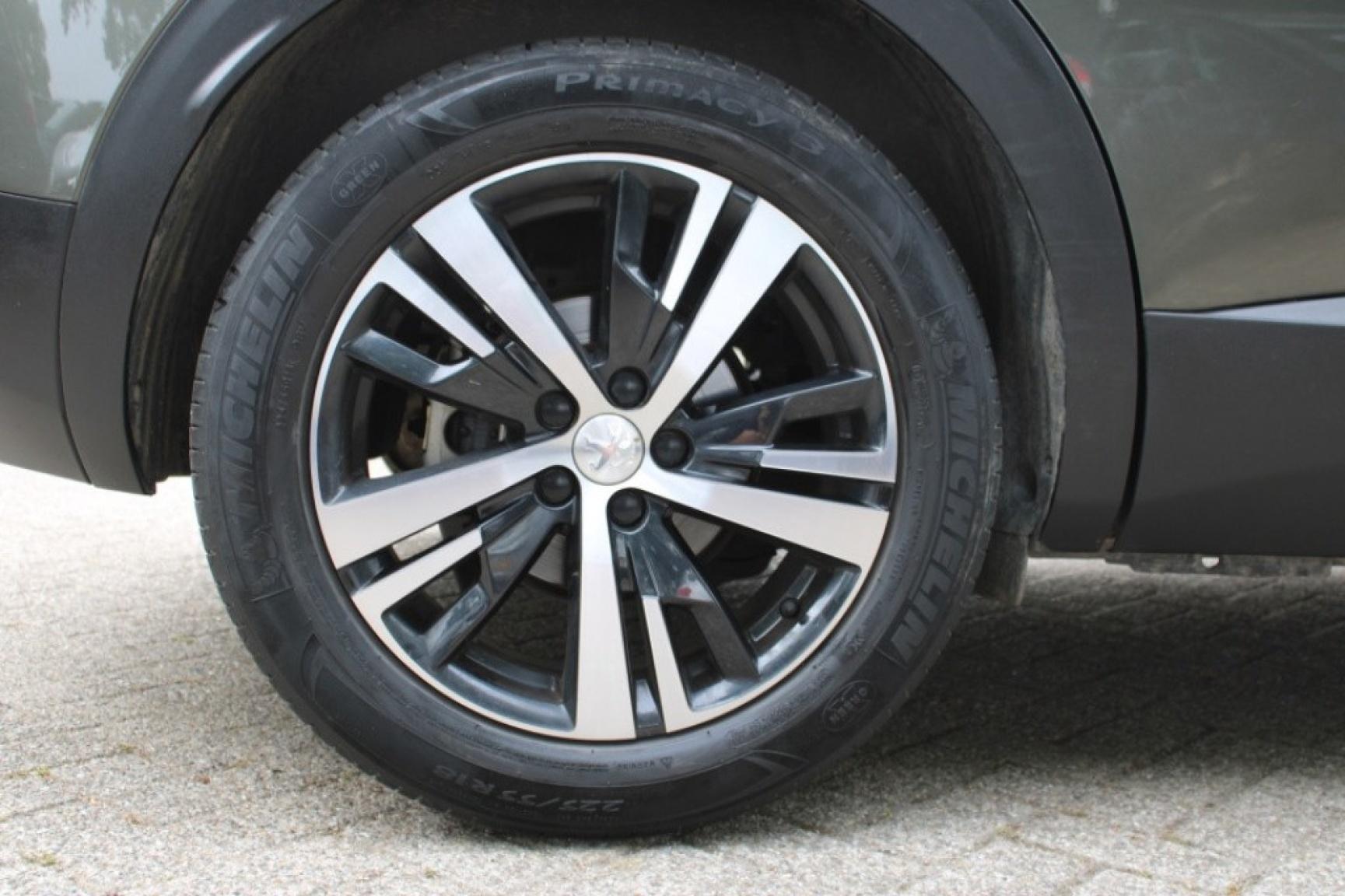 Peugeot-3008-6