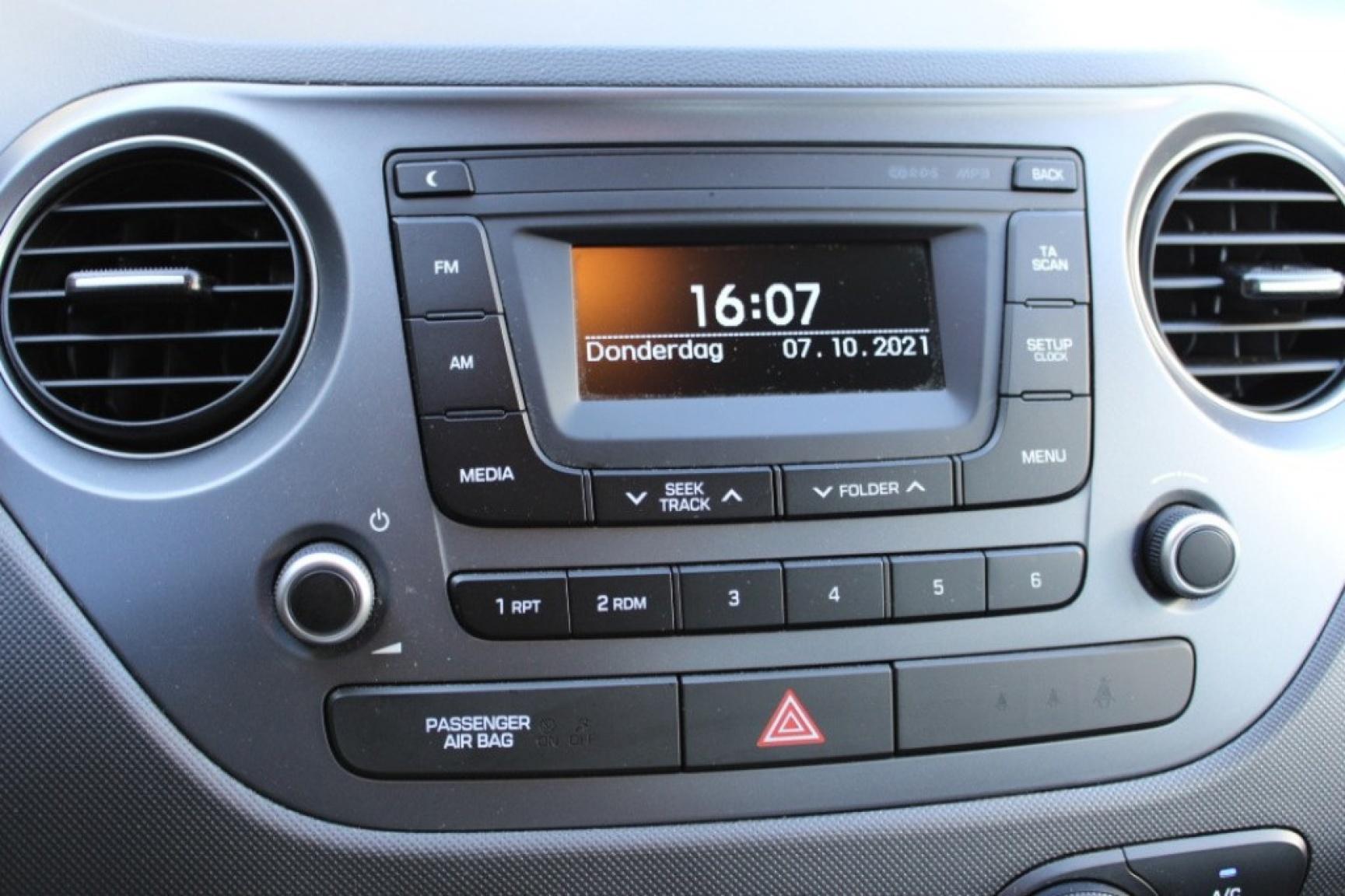 Hyundai-I10-15