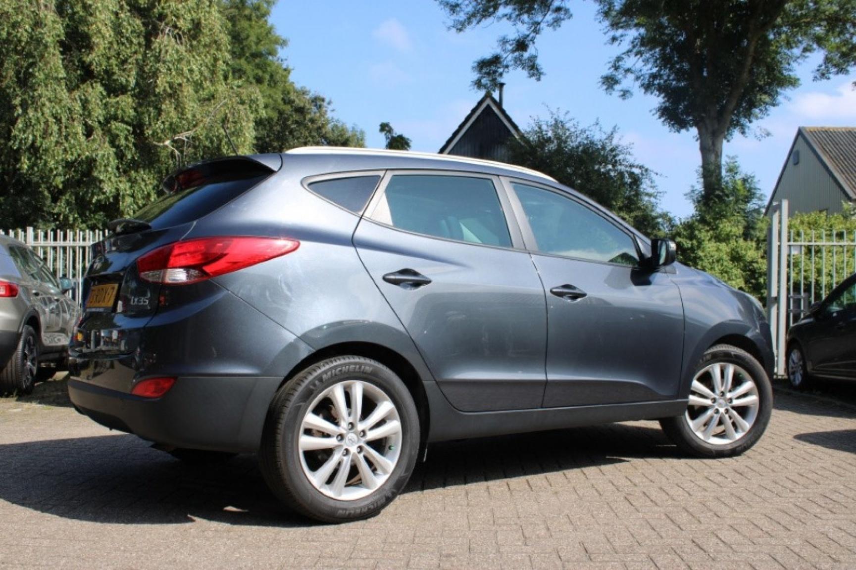 Hyundai-Ix35-1