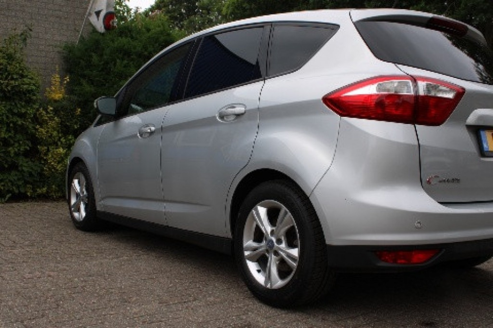 Ford-C-max-9