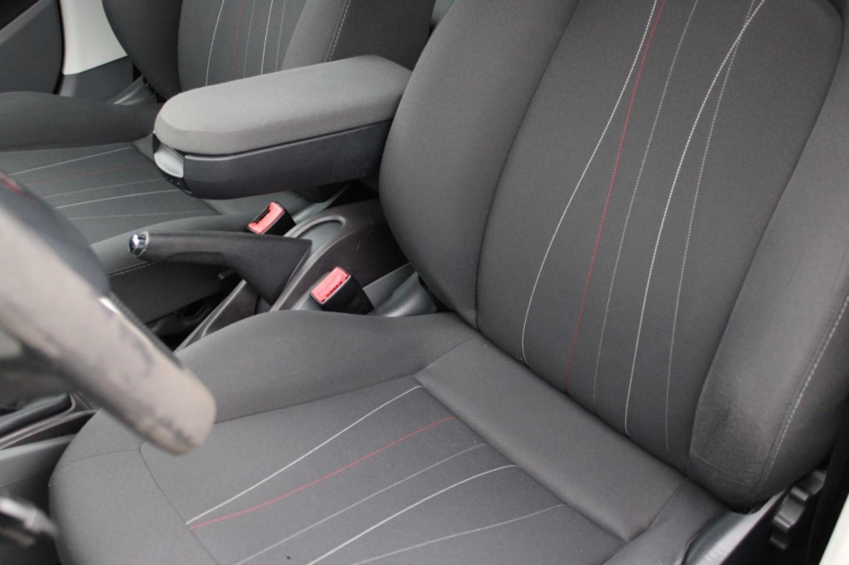 Seat-Ibiza-17